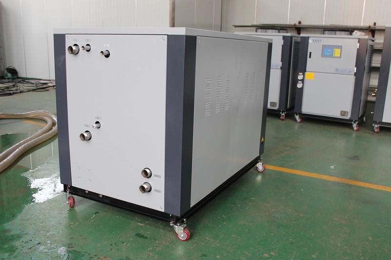 工业冷水机图片